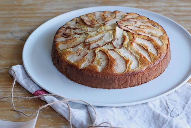 torta-di-mele-IMG_2803-blog-feature.jpg