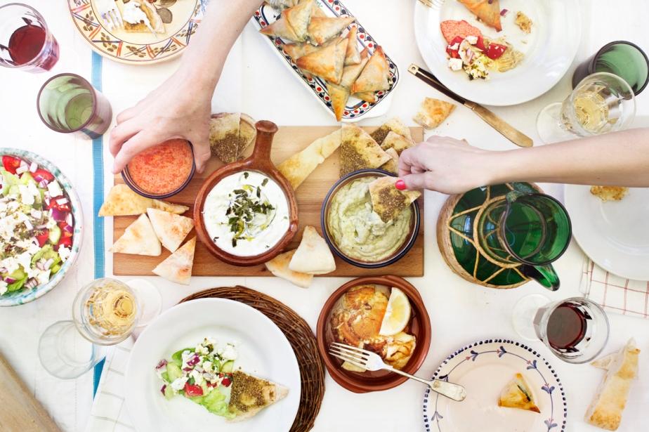greek-tablehands